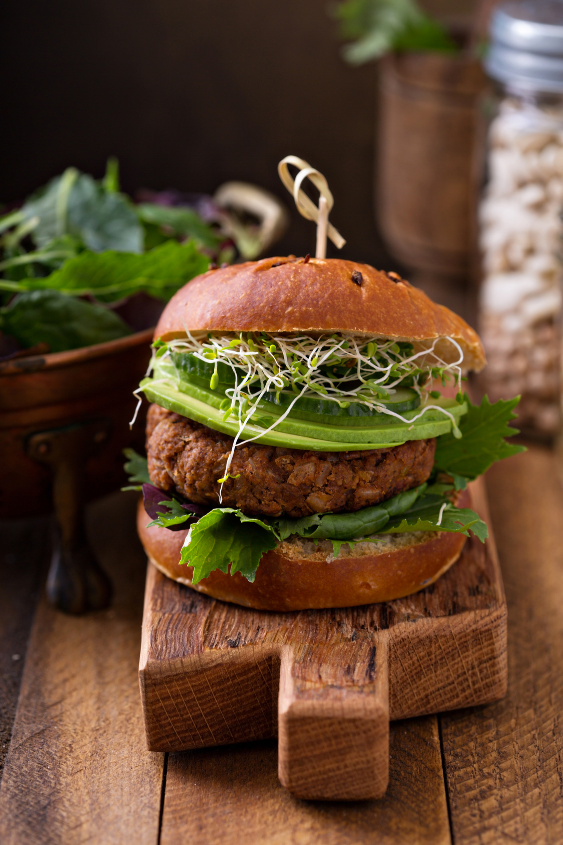 Ground beef burgers with aubergine and avocado sauce