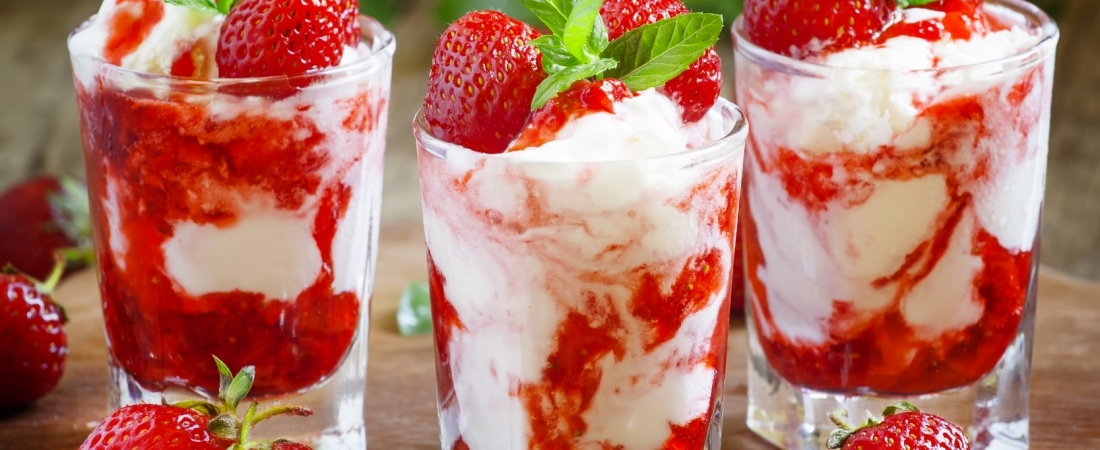 Red berry cups
