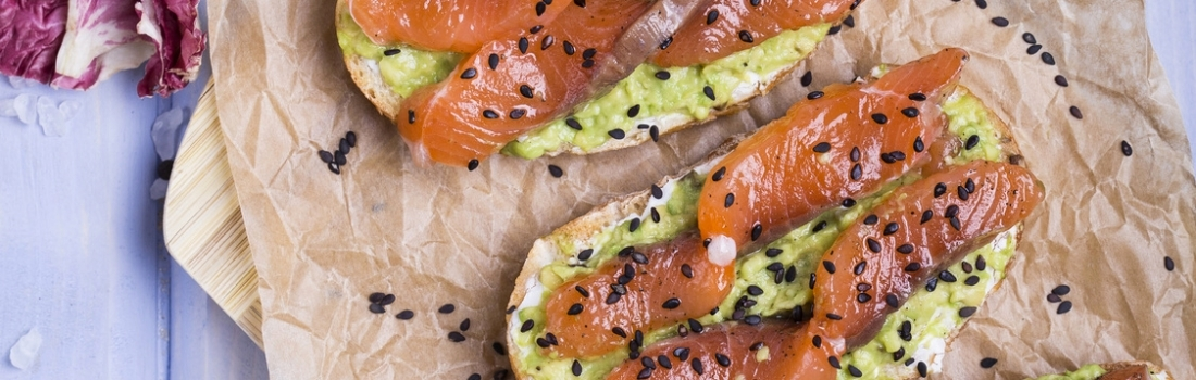 Smoke salmon tartines